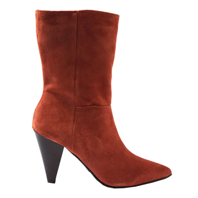 ए SUEDE BOOT