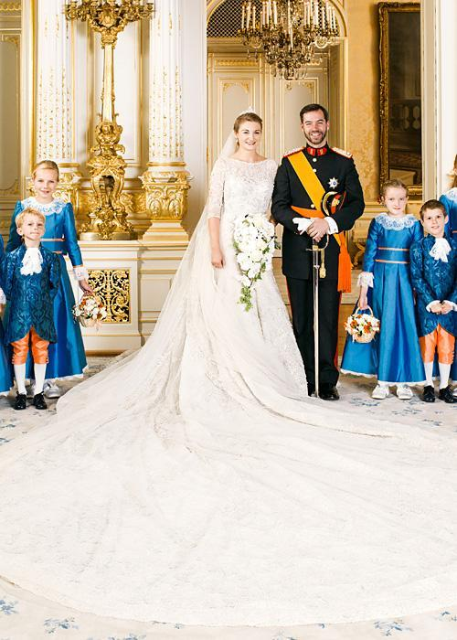 ชื่อเสียง Wedding Photos - Countess Stephanie of Lannoy and HRH Prince Guillame of Luxembourg
