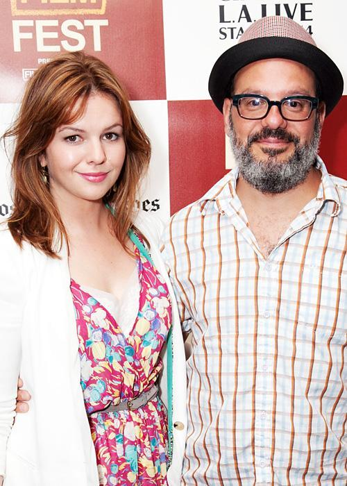 ชื่อเสียง Wedding Photos - Amber Tamblyn and David Cross