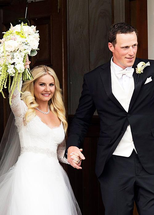 ชื่อเสียง Wedding Photos - Elisha Cuthbert and Dion Phaneuf July 6, 2013