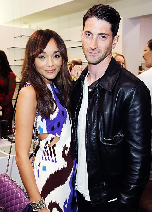 ชื่อเสียง Wedding Photos - Ashley Madekwe and Iddo Goldberg