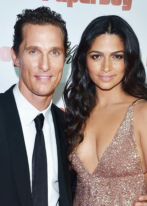 ชื่อเสียง Wedding Photos - Camila Alves and Matthew McConaughey