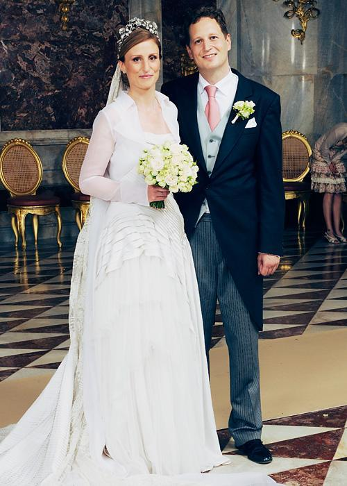 ชื่อเสียง Wedding Photos - Princess Sophie of Isenburg and Prince Georg Friedrich Ferdinand of Prussia