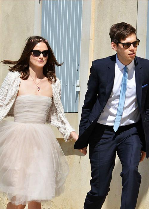 ชื่อเสียง Wedding Photos - Keira Knightley and James Righton