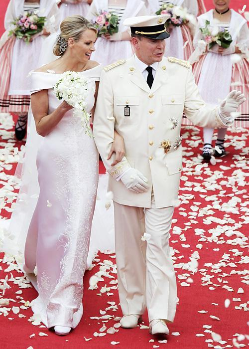 ชื่อเสียง Wedding Photos - Charlene Wittstock and Prince Albert of Monaco