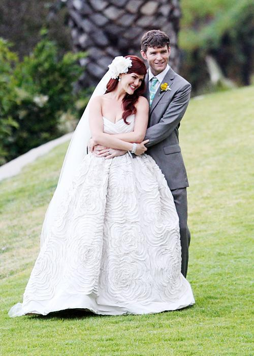 ชื่อเสียง Wedding Photos - Sarah Rue and Kevin Price