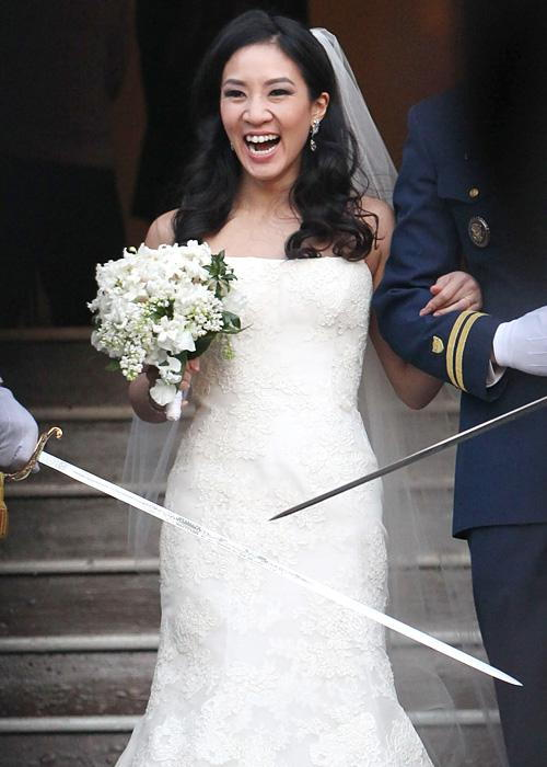 ชื่อเสียง Wedding Photos - Michelle Kwan and Clay Pell