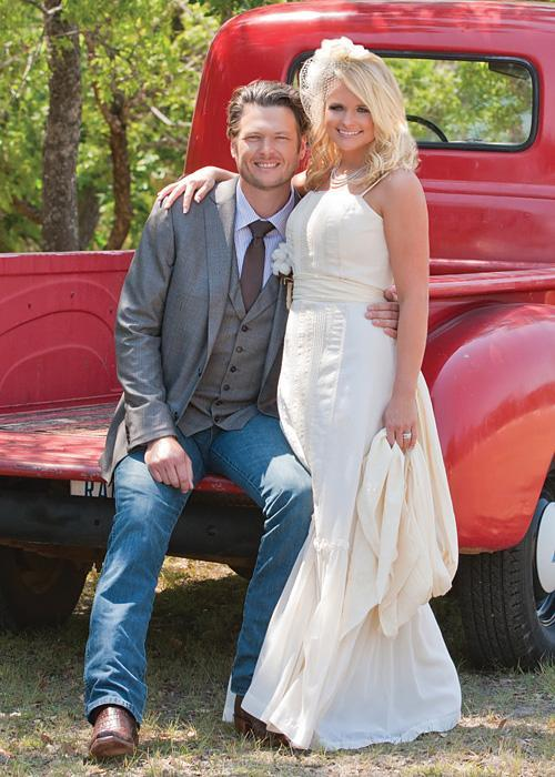 ชื่อเสียง Wedding Photos - Miranda Lambert and Blake Shelton