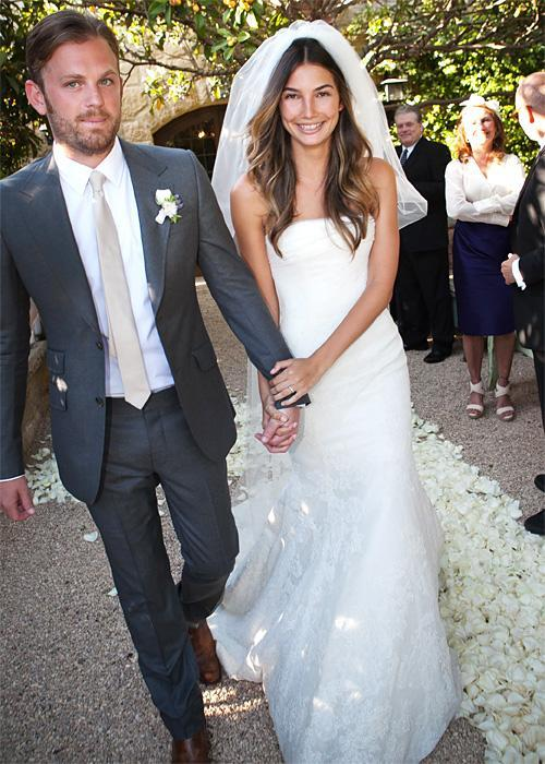 ชื่อเสียง Wedding Photos - Lily Aldridge and Caleb Followill