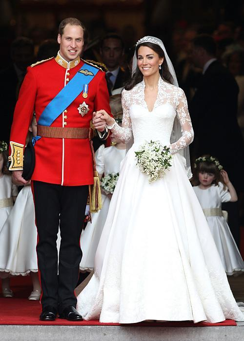 ชื่อเสียง Wedding Photos - Catherine Middleton and Prince William