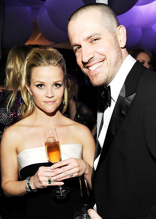 ชื่อเสียง Wedding Photos -Reese Witherspoon and Jim Toth