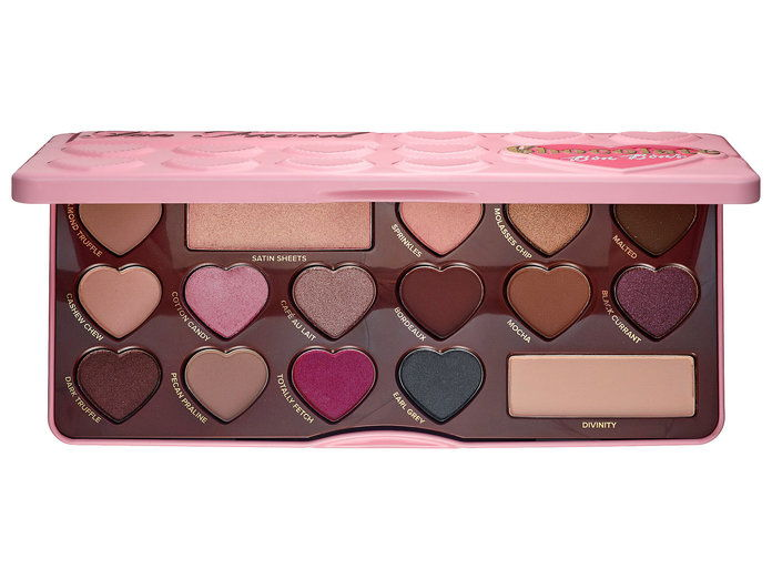 เกินไป Faced Chocolate Bon Bons Eyeshadow Palette
