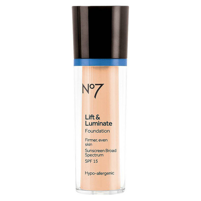 No7 Lift & Luminate Foundation SPF 15