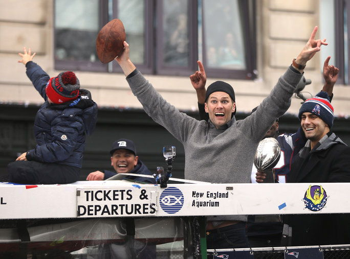 टॉम Brady Superbowl Victory Parade - Embed 4