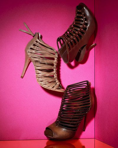 वसंत Accessories - Springs Cutest Shoes - Caged Booties - Gucci