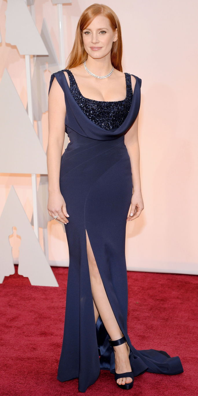 जेसिका Chastain in a navy blue gown