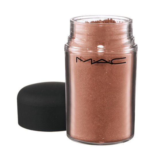 M ∙∙ C Cosmetics Pigment in Tan