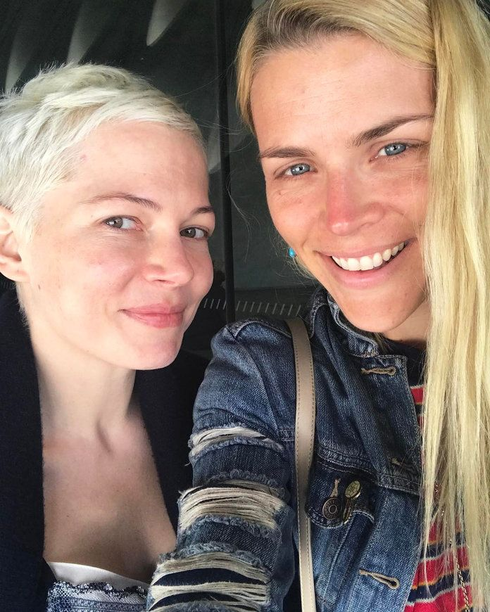 मिशेल Williams and Busy Philipps