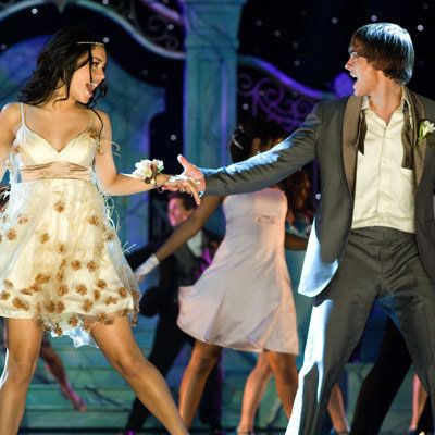 वैनेसा Hudgens - Zac Efron - High School Musical 3 - Iconic Prom Dresses