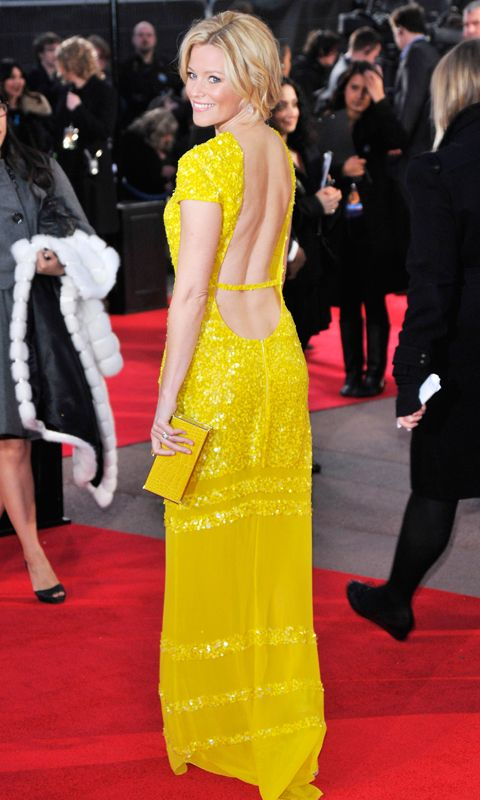 एलिजाबेथ Banks yellow Hunger Games premiere dress