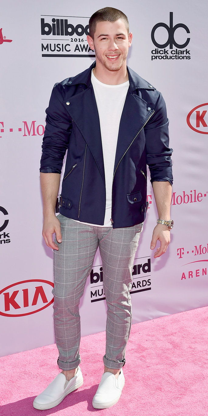 गायक Nick Jonas attends the 2016 Billboard Music Awards at T-Mobile Arena on May 22, 2016 in Las Vegas, Nevada.