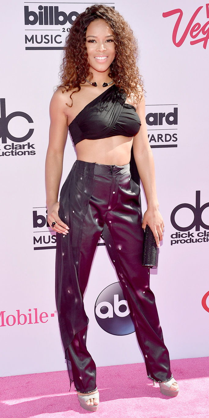 अभिनेत्री Serayah McNeill attends the 2016 Billboard Music Awards at T-Mobile Arena on May 22, 2016 in Las Vegas, Nevada.