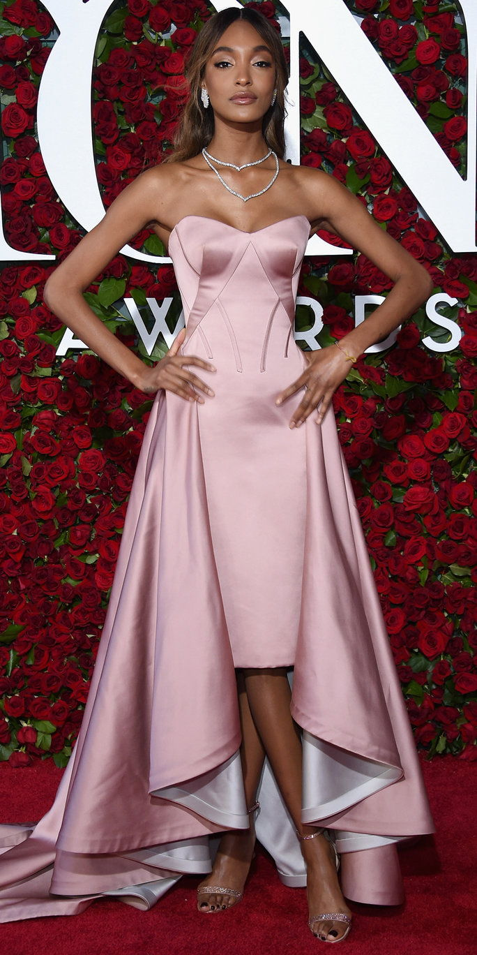 Jourdan Dunn attends the 70th Annual Tony Awards at The Beacon Theatre on June 12, 2016 in New York City.