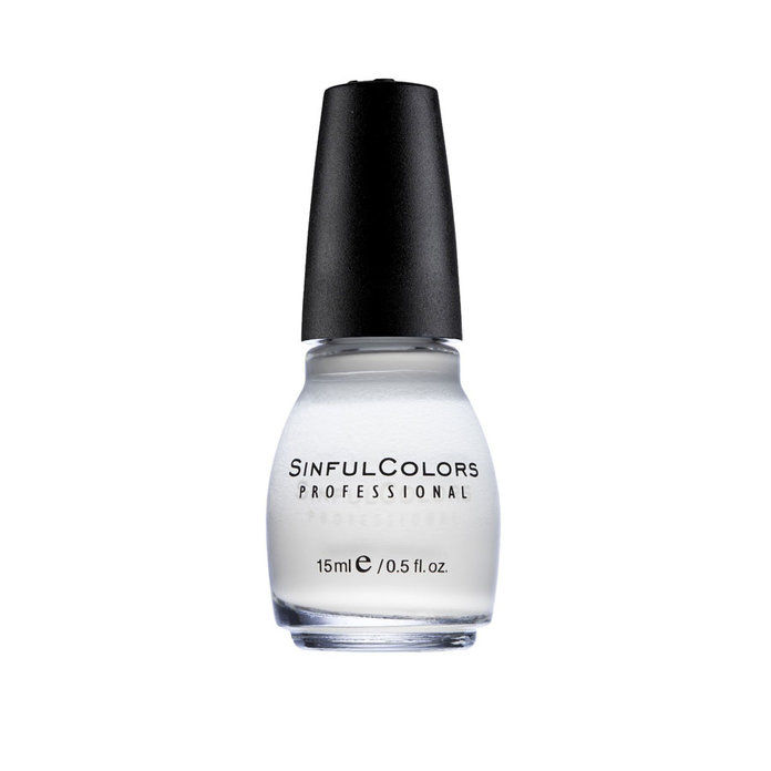 पापी Colors Nail Polish in Snow Me White