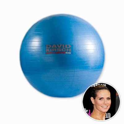 हाइडी Klum - Medicine Ball - Star Workout at Home - Celebrity Fitness