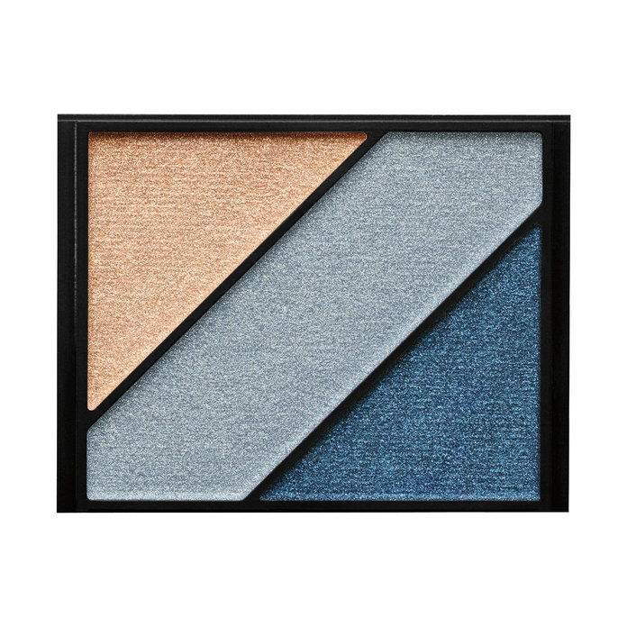 निष्पक्ष Complexions: Elizabeth Arden Eyeshadow Trio in Something Blue