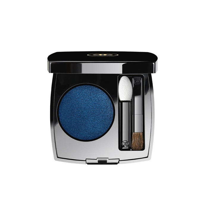 मध्यम Complexions: Chanel Ombre Premiere Longwear Powder Eyeshadow in Blue Jean
