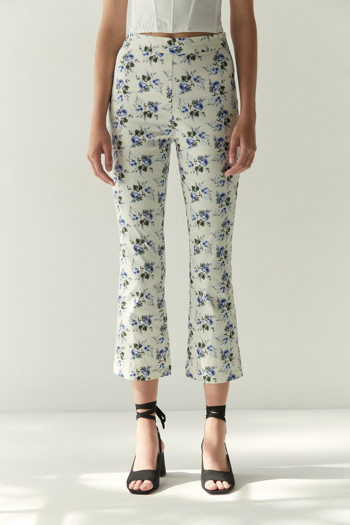 लौरा Ashley & UO Leila Kick Flare Pant
