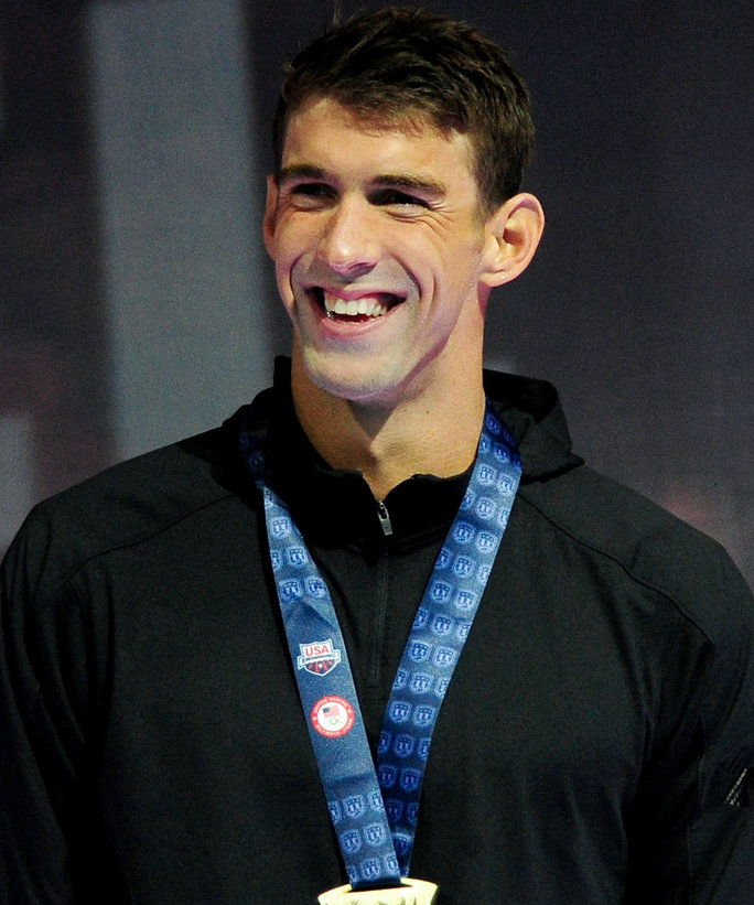 माइकल Phelps as Team U.S.A's Flag Bearer