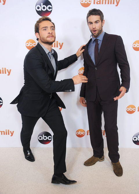 นักแสดง Ed Westwick and Chace Crawford arrive at the Disney ABC Television Group's 2015 TCA Summer Press Tour on August 4, 2015 in Beverly Hills, California.