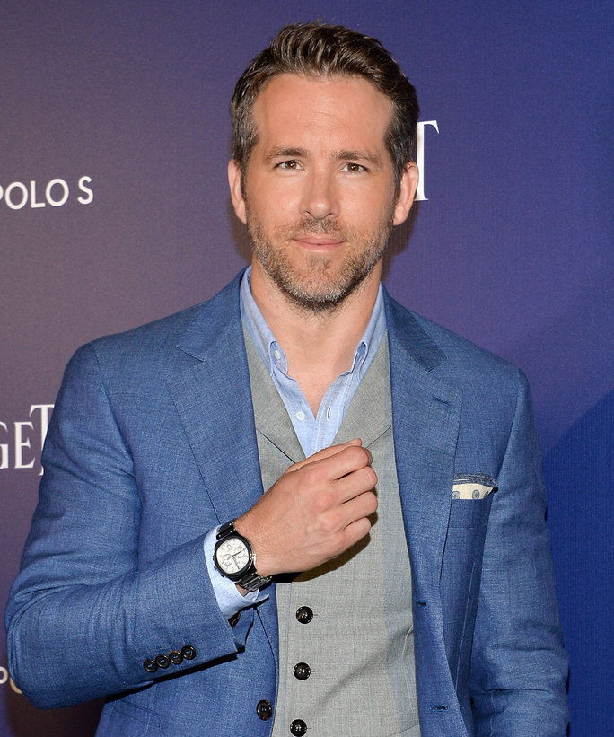 ไรอัน Reynolds attends the Piaget new timepiece launch at the Duggal Greenhouse on July 14, 2016 in New York City.