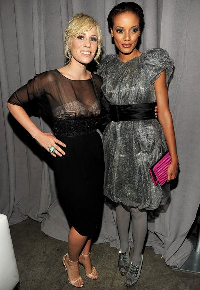 นาตาชา Bedingfield and Selita Ebanks
