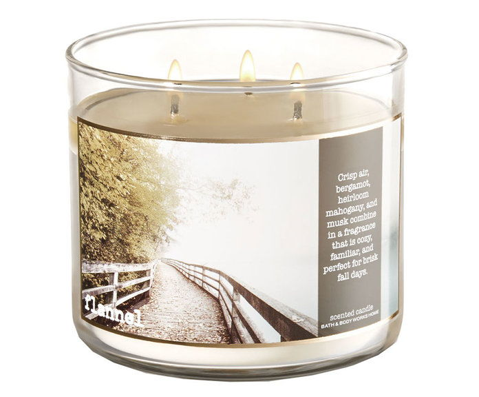 स्नान and Body Works Flannel 3-Wick Candle