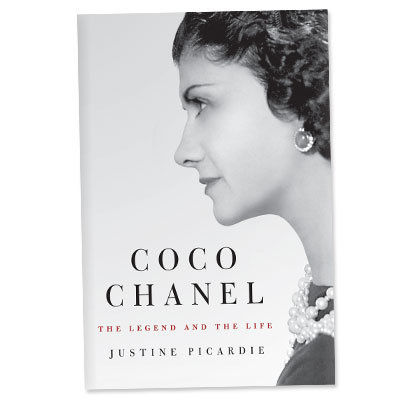 कोको Chanel: The Legend and the Life - Book - ideas for go to gifts - holiday shopping