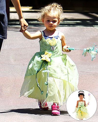 प्राप्त Your Kid a Celebrity Toy - Harlow's Princess Costume