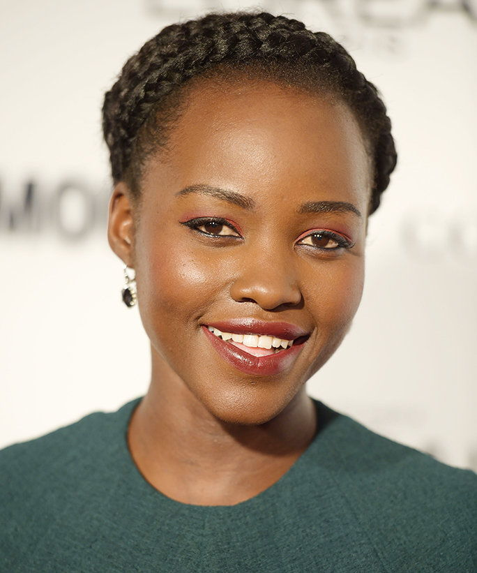 Lupita Nyong'o's Unexpectedly Chic Red Eye Shadow