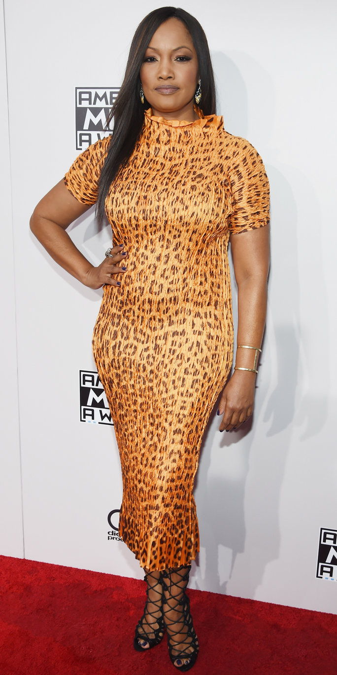 अभिनेत्री Garcelle Beauvais attends the 2016 American Music Awards at Microsoft Theater on November 20, 2016 in Los Angeles, California.