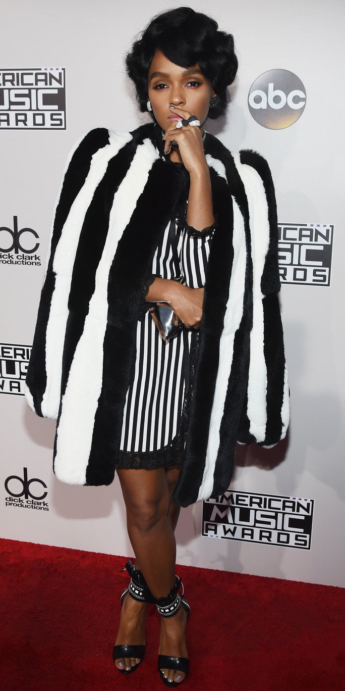 गायक Janelle Monae attends the 2016 American Music Awards at Microsoft Theater on November 20, 2016 in Los Angeles, California.