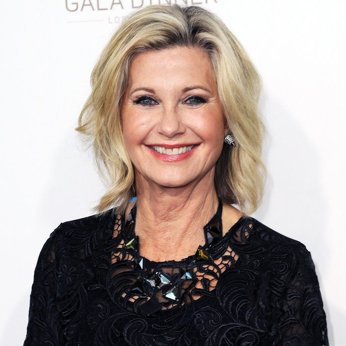हस्तियां Who Revealed Health Issues in 2017 - Olivia Newton-John
