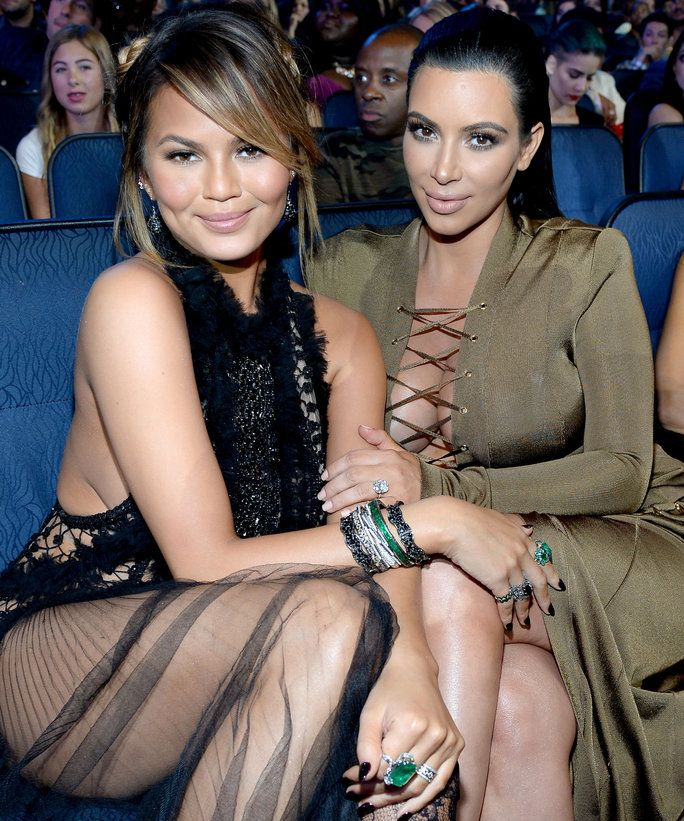क्रिसी Teigen and Kim Kardashian West