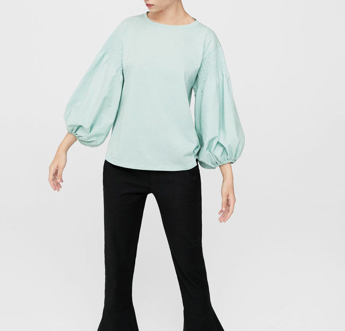 आम Puffed Sleeves Blouse