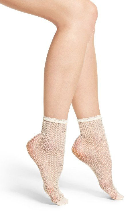 Chelsea28 Fishnet Ankle Socks