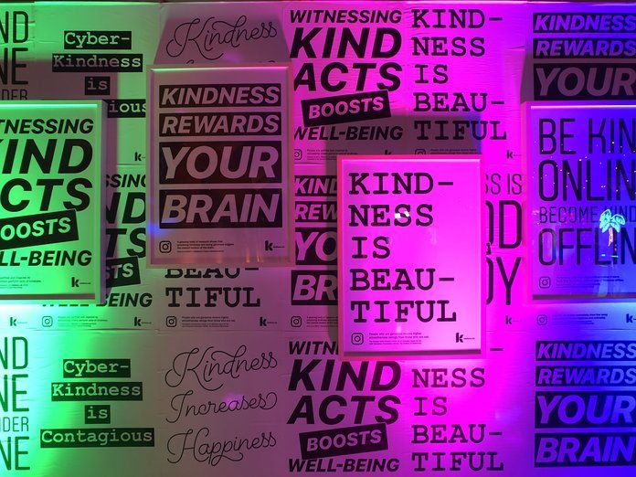 ความเมตตา Wall from Instagram Kindness Prom